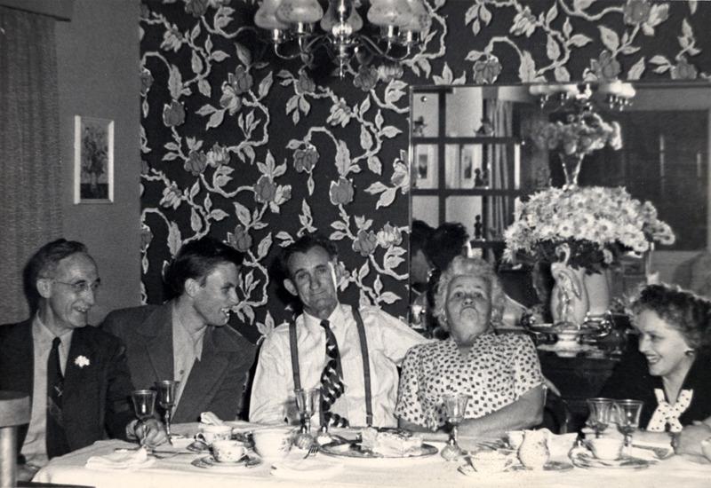 Frisch family