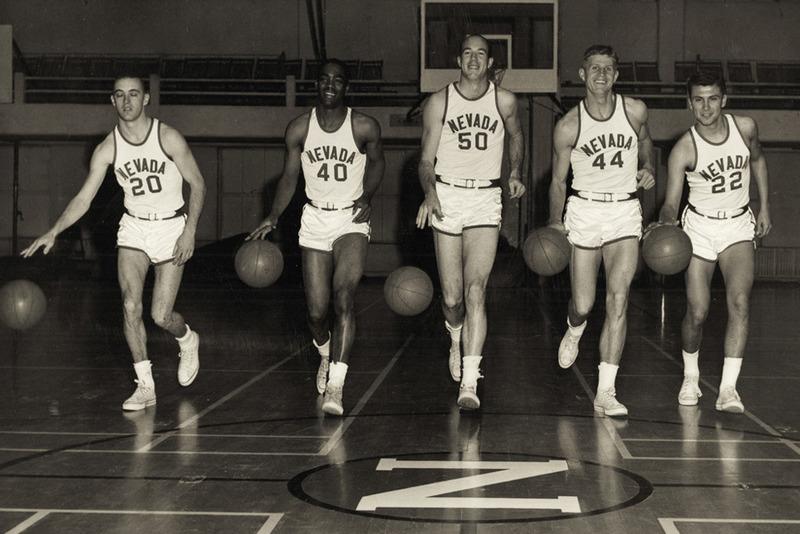 Men's basketball team, 1965