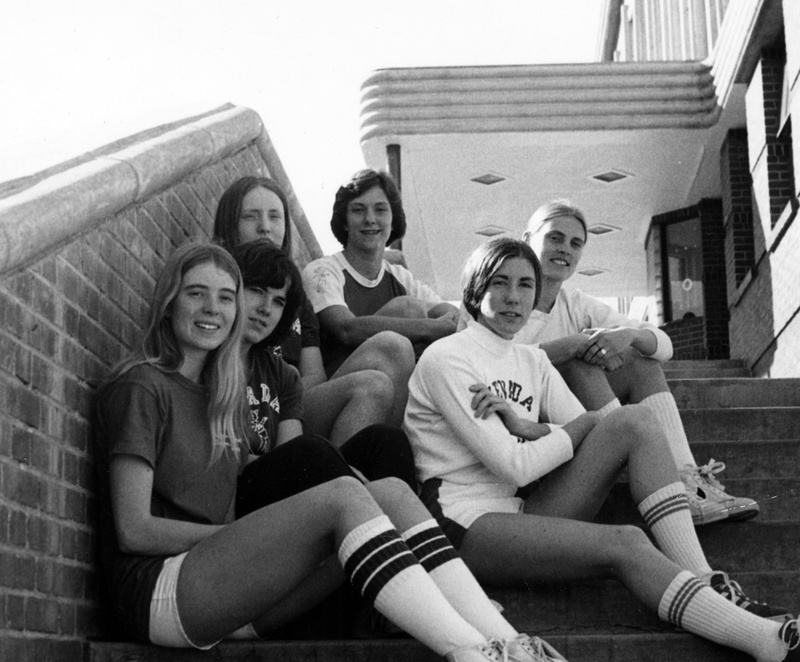 Women's basketball team, 1976