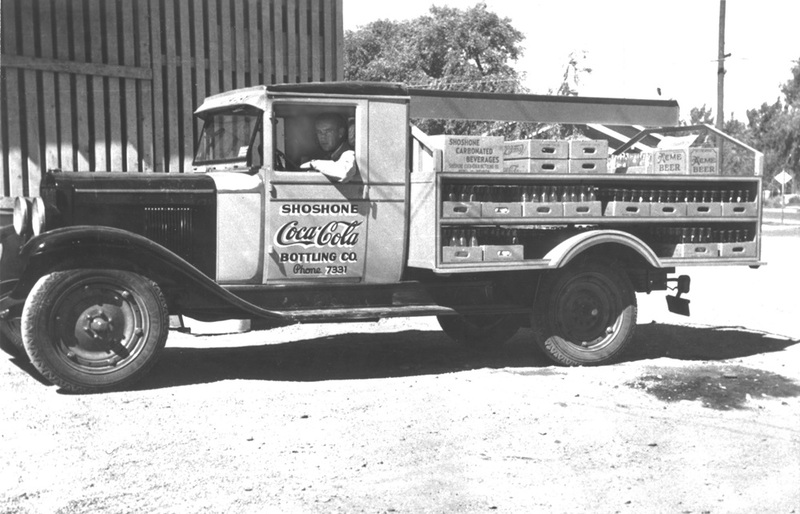 Delivery truck, 1930s