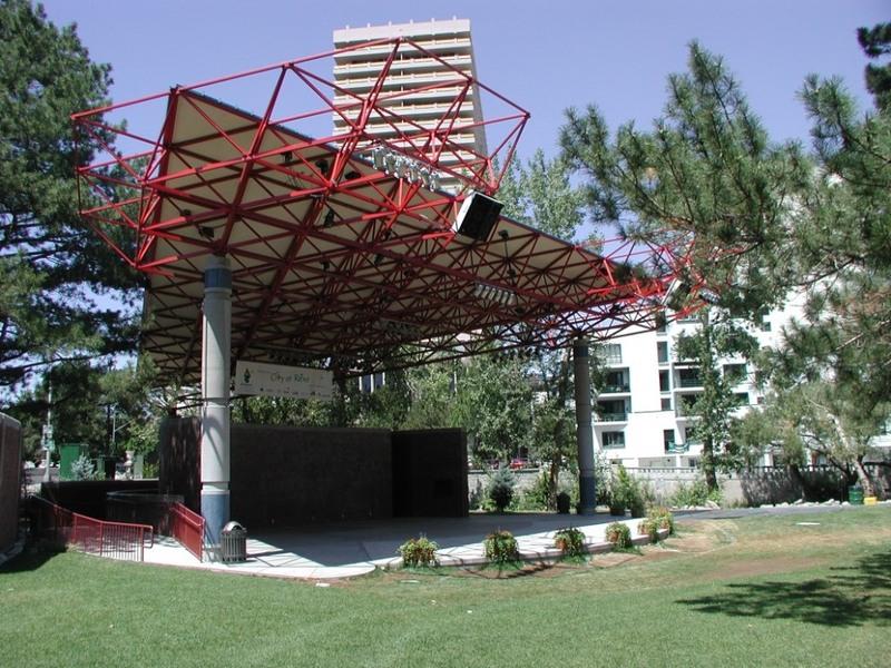 Amphitheater, 2002
