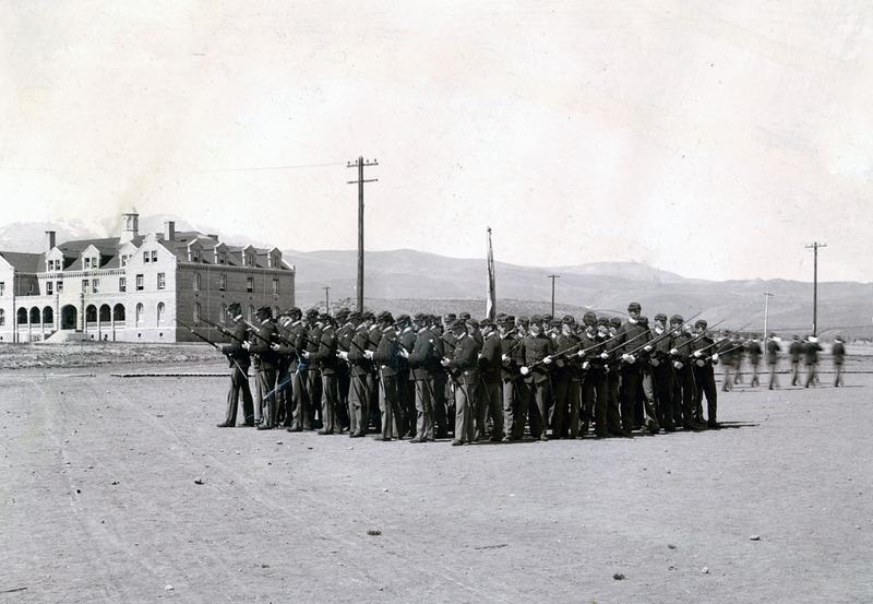 Cadet Corps, 1900