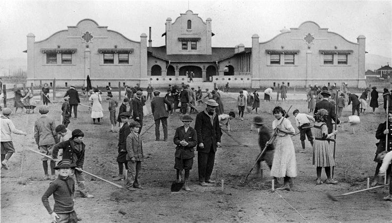 Orvis Ring School, 1911