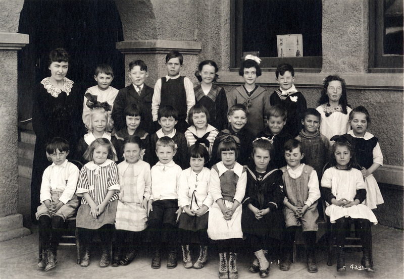 First graders, ca. 1918