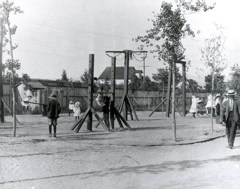 Playground, 1909
