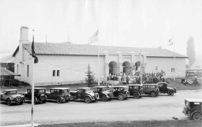 The dedication event, 1927